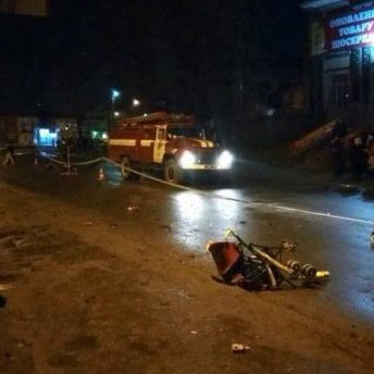 На Хмельниччині водій збив жінку із малою дитиною (відео)