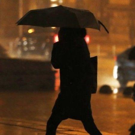 У Києві завтра обіцяють плюсову температуру та дощ