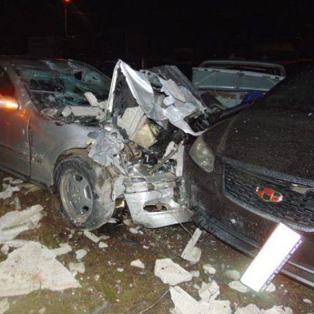 Масштабна ДТП на Рівненщині: автомобіль потрощив два десятки авто (фото)