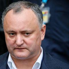 Конституційний суд у Молдові призупинив повноваження президента Додона