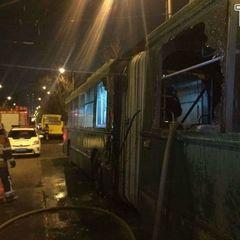 У Києві під час руху загорівся автобус з пасажирами (фото)