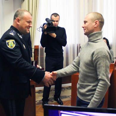 Захоплення «Укрпошти»: у Харкові нагородили громадян за допомогу поліції у знешкодженні чоловіка