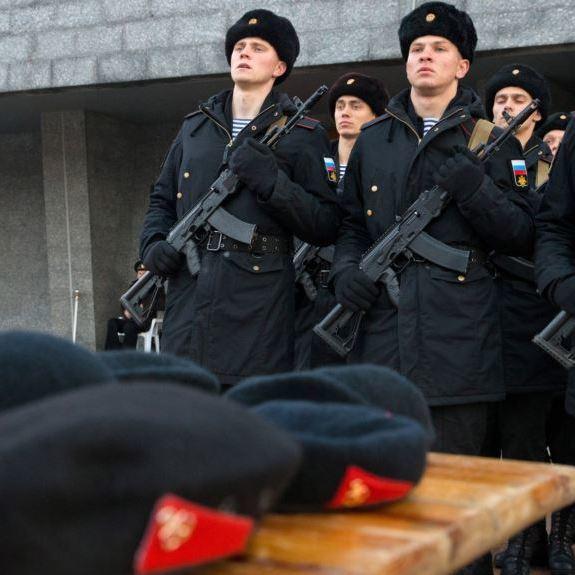Близько 5 тисяч мешканців анексованого Криму призвали до російської армії