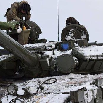 На Донбасі за добу постраждав один український військовий – штаб АТО