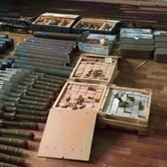 На Луганщині в житловому будинку виявлено потужний арсенал зброї