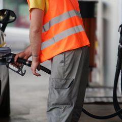 В Україні заборонили продаж бензину і дизпалива стандарту Євро-4