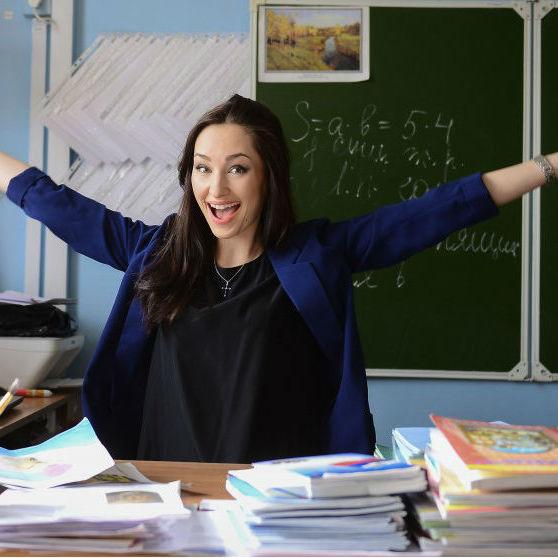 Кабмін сьогодні розгляне питання про підняття зарплат вчителям