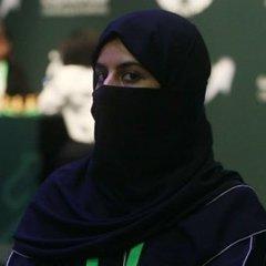 Жінкам дозволили в'їзд на територію Саудівської Аравії без супроводу чоловіків