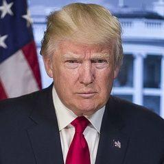 Трамп поскаржився на прагнення мігрантів зі «смердючих дірок» переїхати в США