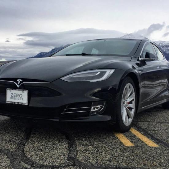 З Tesla Model S зробили найшвидший броньований автомобіль