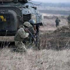 Кривава доба на Донбасі: троє бійців АТО підірвалися на міні