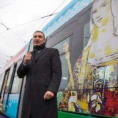 Кличко проїхався новим трамваєм PESA, партія яких надійшла до столиці наприкінці минулого року