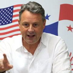 Після згадки Трампом мігрантів із «брудних дір» посаду покине посол США в Панамі
