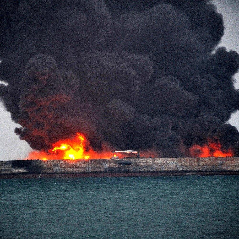 Уся команда іранського танкера Sanchi загинула після зіткнення із суховантажем