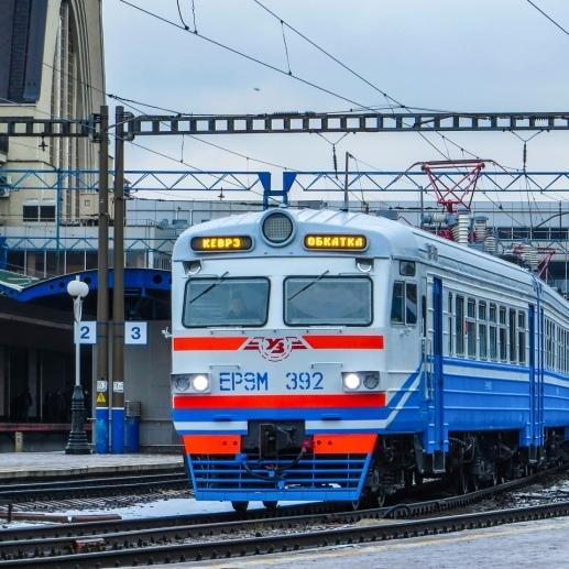 «Укрзалізниця» збільшує склад приміських електропоїздів