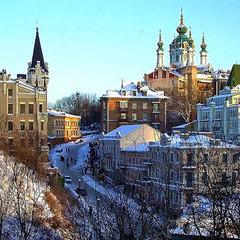 Завтра у Києві невеликий сніг, температура вночі 12-14° морозу