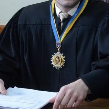 Судді просять підвищені зарплати незалежно від кваліфікаційного оцінювання