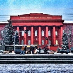В аудиторіях одного з найпрестижніших вишів України не буде студентів до весни, – ЗМІ