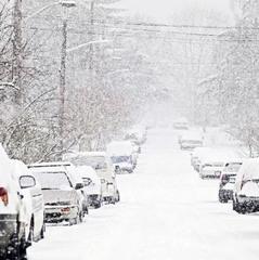 В Україні сьогодні пройдуть дощі та сніг, у більшості областей потепліє (карта)