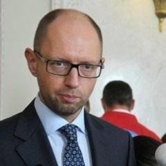 Яценюк прийшов до парламенту та похвалив нардепів за проголосований законопроект про реінтеграцію Донбасу