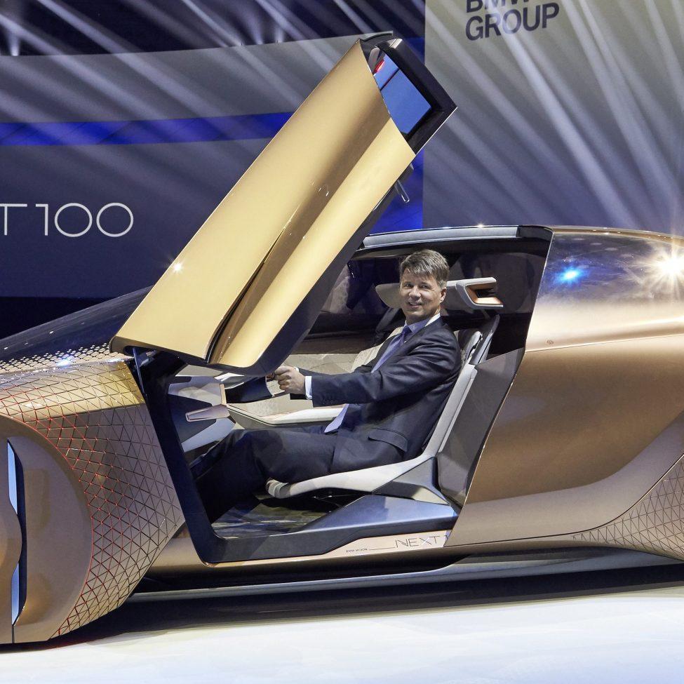 BMW створює конкурента Tesla: новий електрокар матиме запас ходу 700 км
