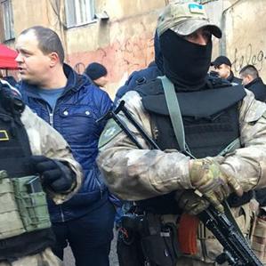 Перестрілка в Одесі: в лікарні помер поранений поліцейський