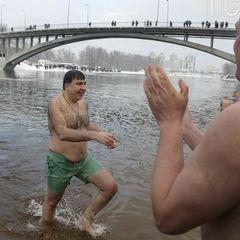 Саакашвілі та Ляшко до ополонок стрибали (фото)