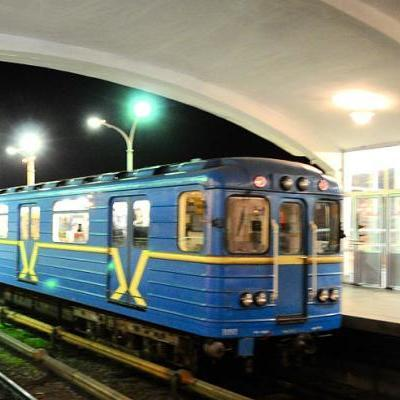 В Києві в метро встановлять сотні камер відеоспостереження