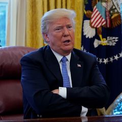 Трамп дозволив спецслужбам прослуховувати розмови іноземців
