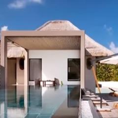 Засніжені Альпи та екзотичні Мальдіви: де провели новорічні свята народні обранці (відео)