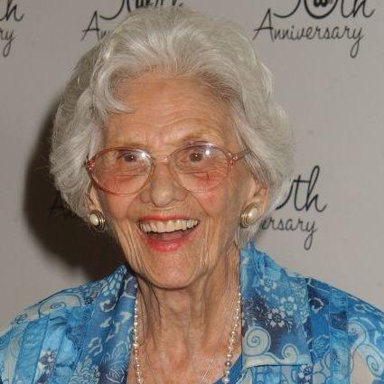 Найстаріша актриса Голлівуду померла в США