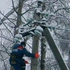 Через негоду в Україні знеструмлено близько 70 населених пунктів