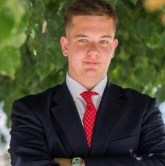 Українець вступив одразу у 10 вузів США: вибрав навчання у Гарварді