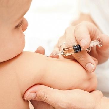 В Україні посилять відповідальність медиків за видачу фальшивих довідок про вакцинацію
