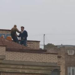 Саакашвілі пояснив, чому виліз на дах