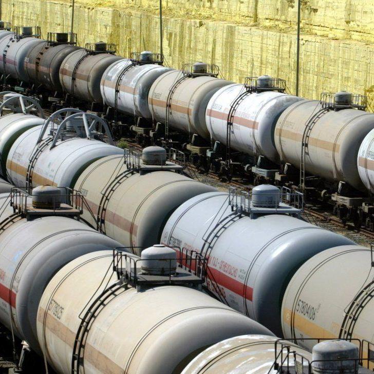 «Укрзалізниця» оголосила тендер на закупівлю дизпалива