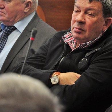 Чиновники міськради у Вінниці носять годинники вартістю в трикімнатну квартиру (фото)
