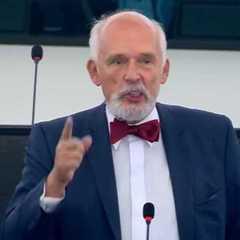 Польський євродепутат, що називав Україну ворогом Польщі, складає мандат