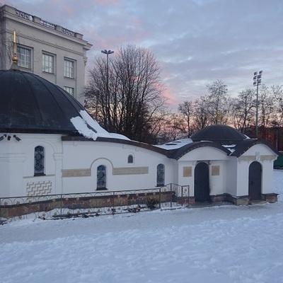 У Києві двоє чоловіків намагалися підпалити монастир