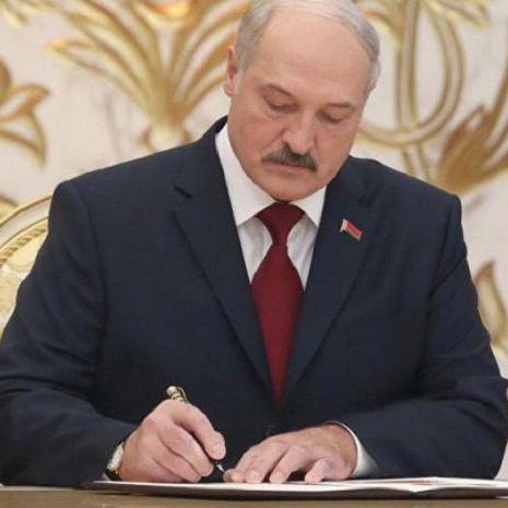 Відтепер у Білорусі не будуть платити субсидії безробітним