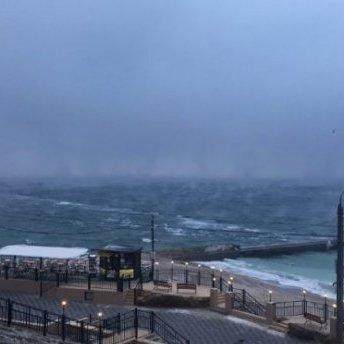 Над Чорним морем в Одесі помітили рідкісне явище: неймовірні фото та відео