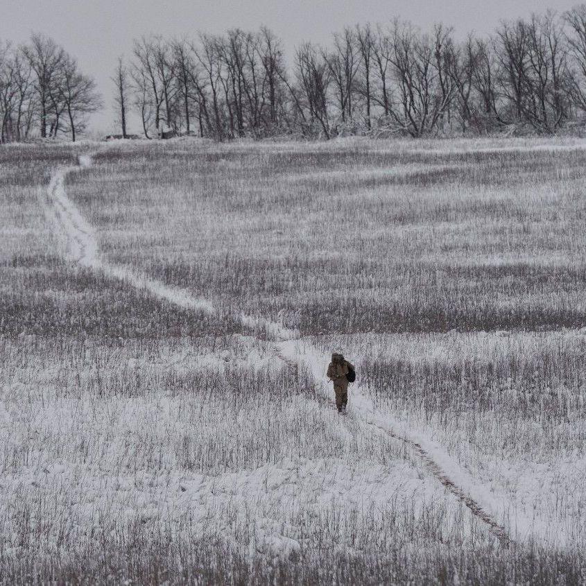 На Донецькому напрямку вогонь по українських позиціях вів ворожий снайпер