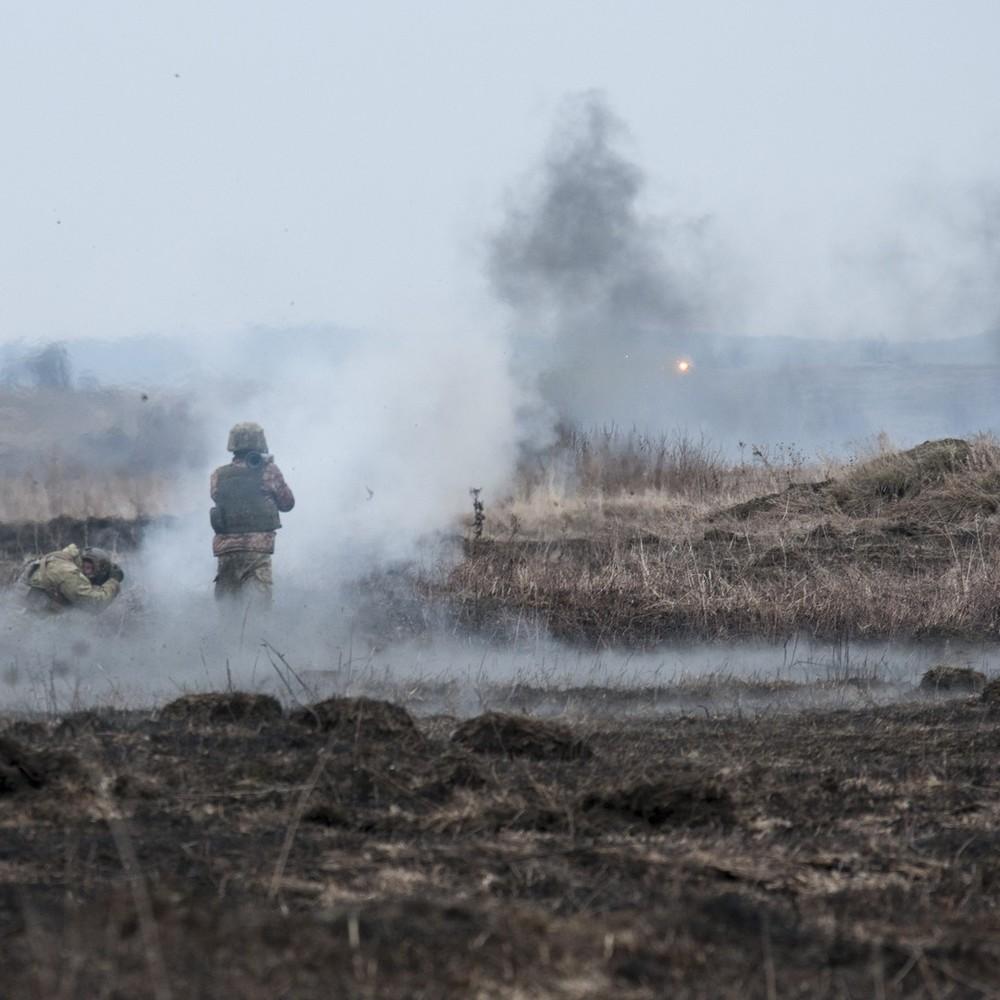 Ситуація в зоні АТО: загинув один український військовий