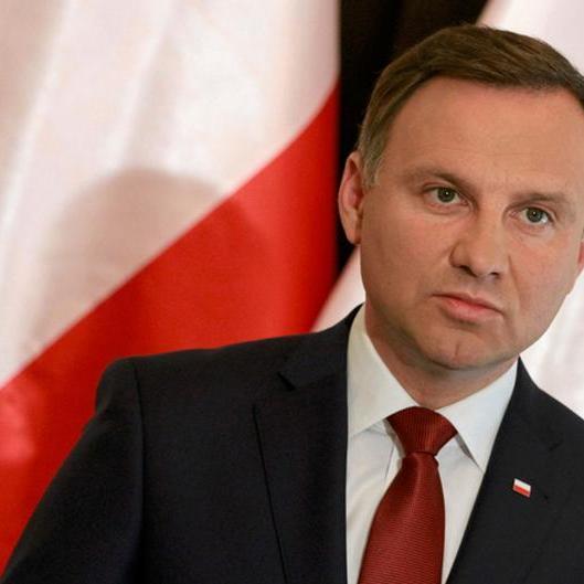 Президент Польщі проаналізує закон, що забороняє «бандерівську ідеологію»