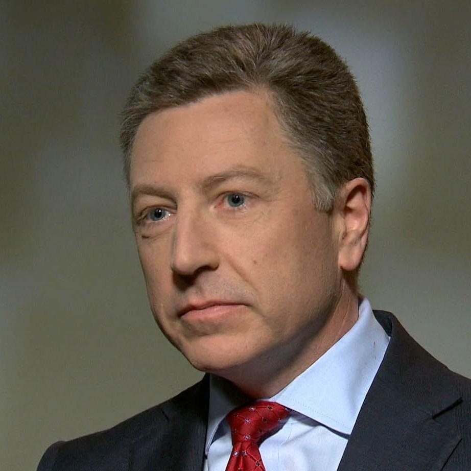 Волкер передав Суркову список українських заручників для обміну