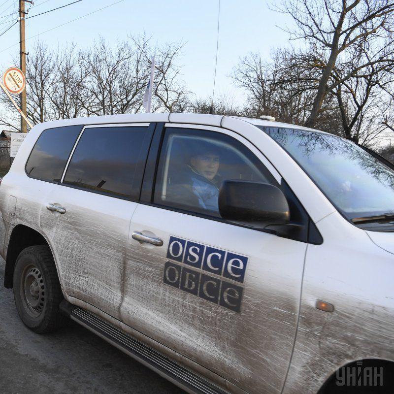 Спостерігачі ОБСЄ за вихідні зафіксували 235 вибухів на Донбасі