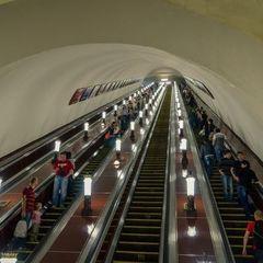У Києві метро «зазвучало» новим голосом