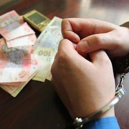 На Луганщині сержант військового комісаріату вимагав хабар у місцевого жителя