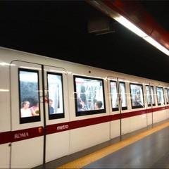 «Господь наказав»: у римському метрополітені чоловік штовхнув іммігрантку під поїзд