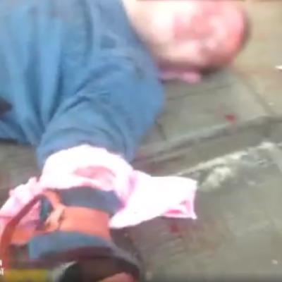 У супермаркеті Дніпра чоловік різав собі руки та кидався з ножем на покупців (відео)